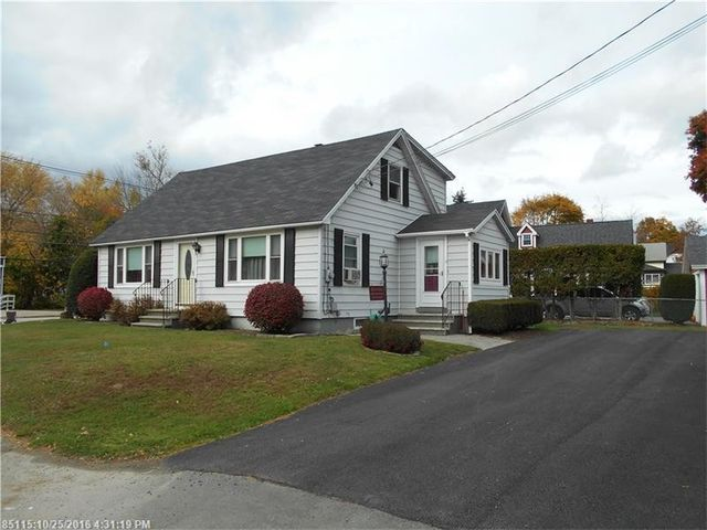 4 county rd milford me 04461 home for sale real