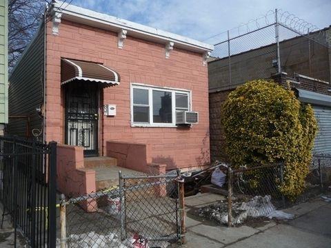 Photo of 837 Maple St, Brooklyn, NY 11203