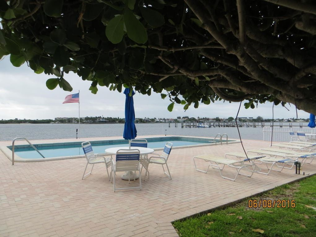 1810 New Palm Way Apt 318, Boynton Beach, FL 33435