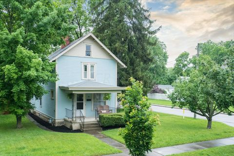 Photo of 90 W Fountain Ave, Delaware, OH 43015