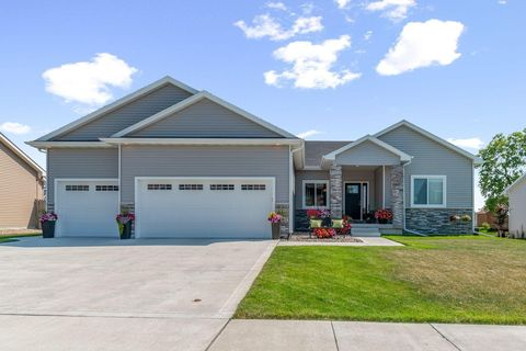 Photo of 1312 Jacobson Dr, Story City, IA 50248