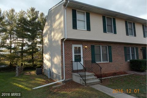 314 Church Ct, Westminster, MD 21157