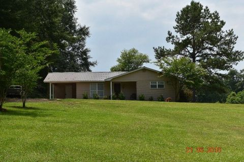 90 John Hill Rd, Laurel, MS 39443