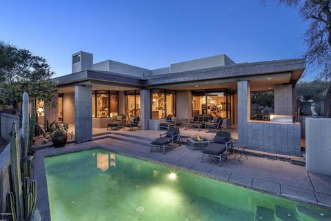 Photo of 10663 E Fernwood Ln, Scottsdale, AZ 85262