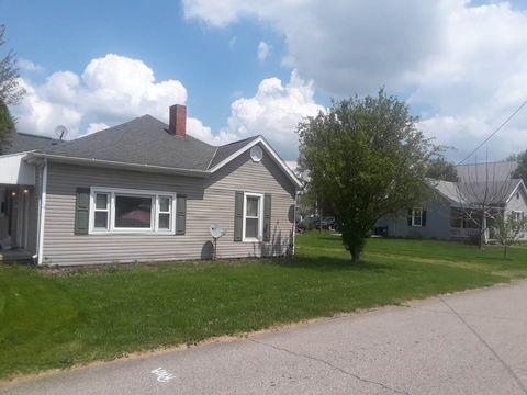 218 2nd St, Oak Hill, OH 45656