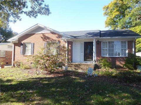 2308 Michelle Ln  Greensboro  NC 27407. Rolling Roads  Greensboro  NC Real Estate   Homes for Sale