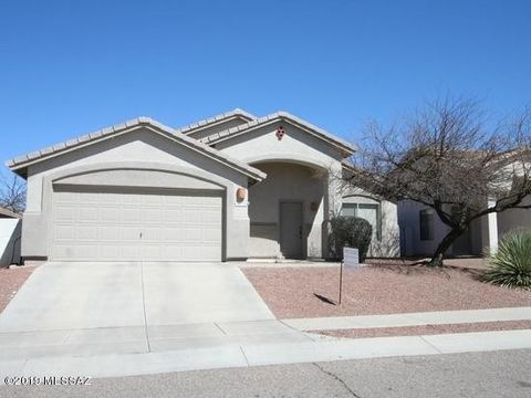 Photo of 10133 E Falcon Point Dr, Tucson, AZ 85730