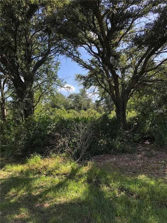 2 El Dorado Dr, Indian Lake Estates, FL 33855