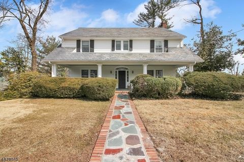 Photo of 4 Green Hill Rd, Morristown, NJ 07960