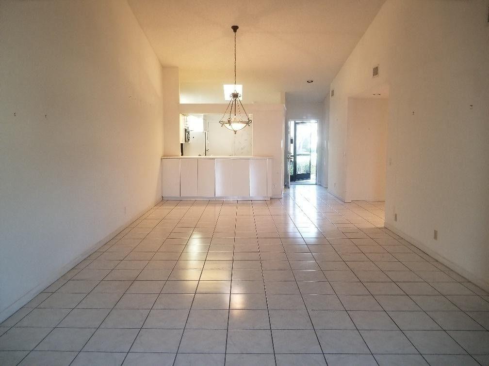 5893 Sunswept Ln Apt A, Boynton Beach, FL 33437