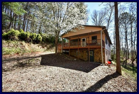 48 Ridge Rd, Franklin, NC 28734