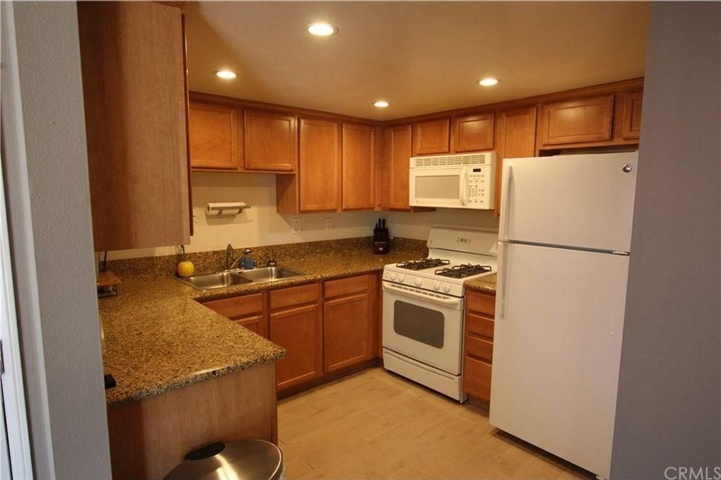 1327 Massachusetts Ave Apt 102, Riverside, CA 92507