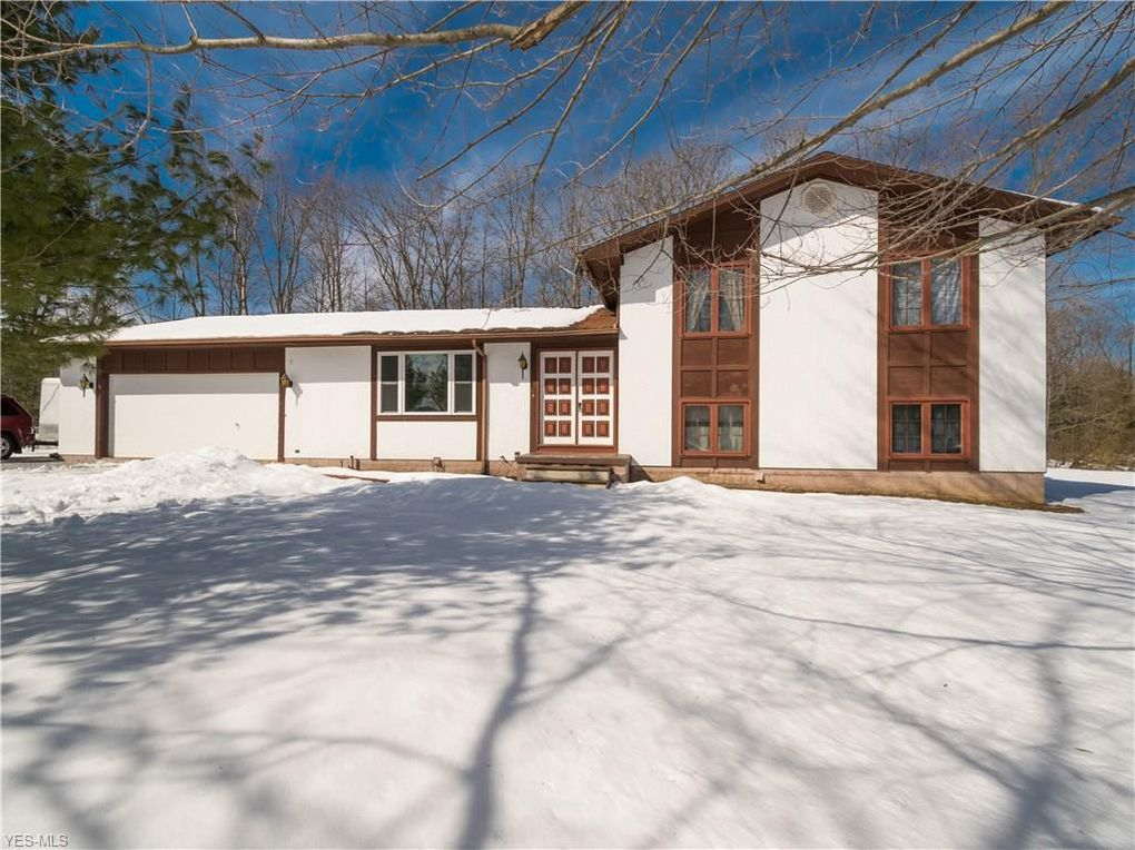 12180 Old State Rd Chardon, OH 44024