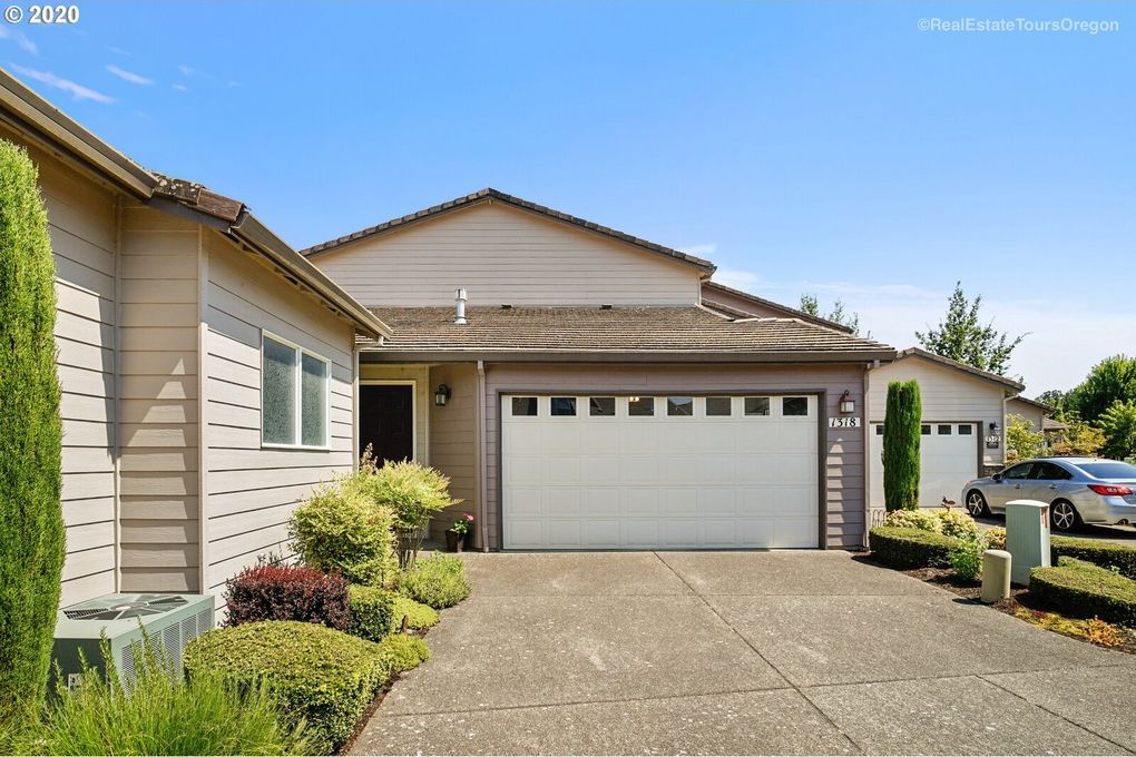1318 NW Oakmont Ct McMinnville, OR 97128