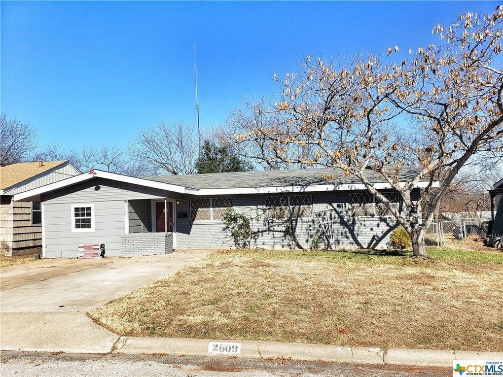 2609 Powell Dr Gatesville, TX 76528