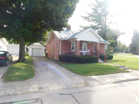 829 S Richmond St, Winchester, IN 47394