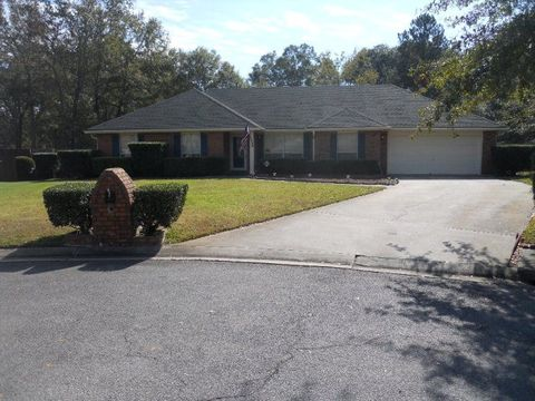 557 Brockington Cir Hinesville GA 31313