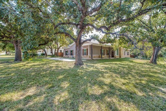 1205 Vine St Weatherford, TX 76086
