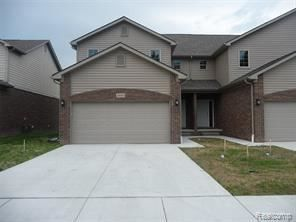 Photo of 29143 Timber Woods Dr, Chesterfield, MI 48047
