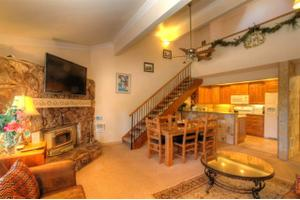 435 Lakeview Blvd Unit 44, Mammoth Lakes, CA 93546