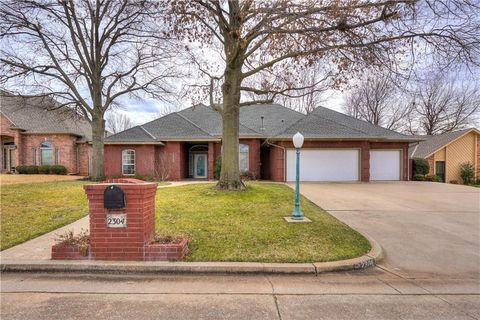 Photo of 2304 Sorrento Ln, Oklahoma City, OK 73170
