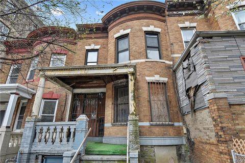 Photo of 114 W 190th St, Bronx, NY 10468