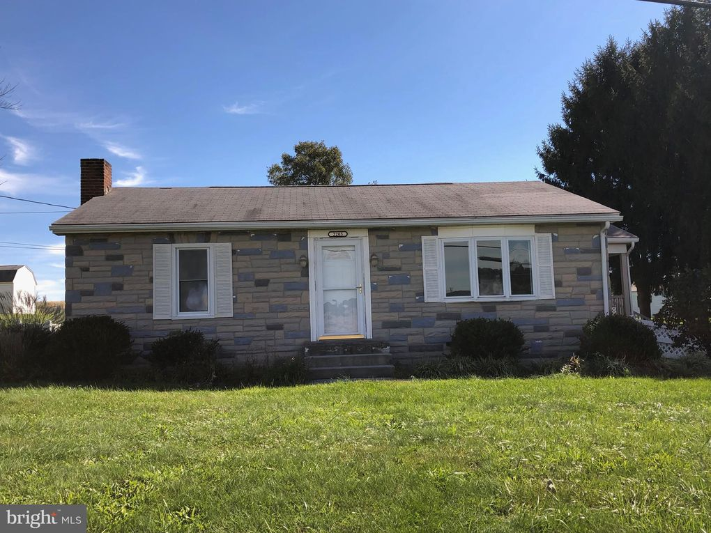 2205 Fairmount Rd Hampstead, MD 21074
