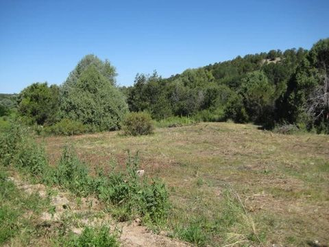 3 Ac Lower Ojito Rd, Chamisal, NM 87521