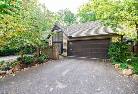 Photo of 12 Hidden Vly Unit 12, Rocky River, OH 44116