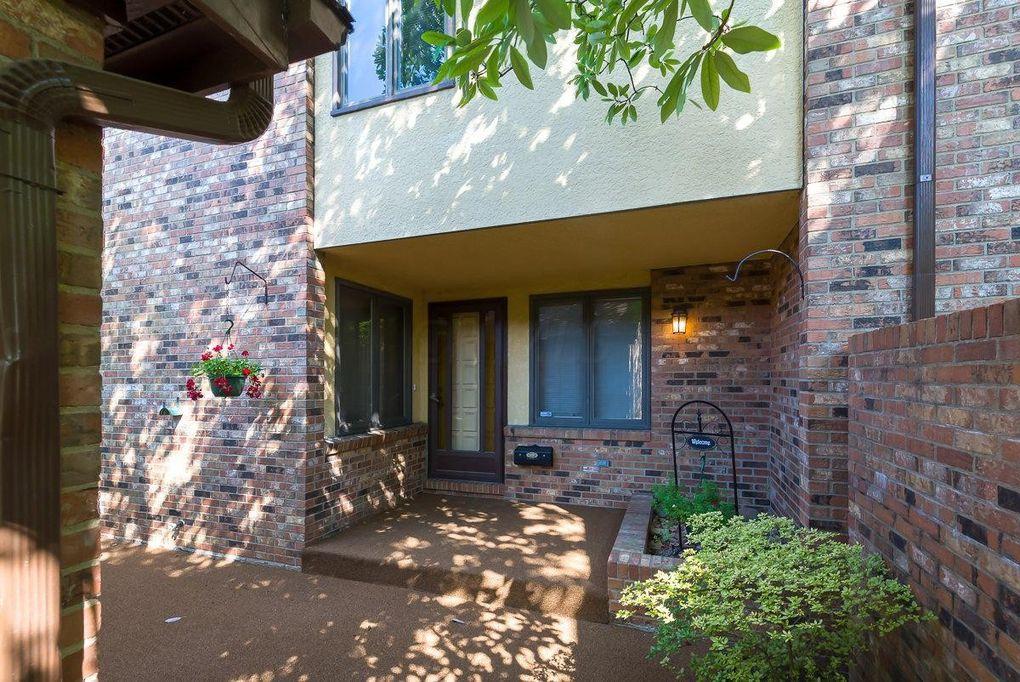 Sherwood Villa >> 2430 Sherwood Villa Upper Arlington Oh 43221 Realtor Com