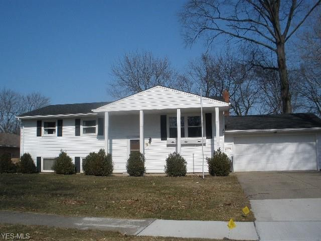 514 Whitman Blvd, Elyria, OH 44035