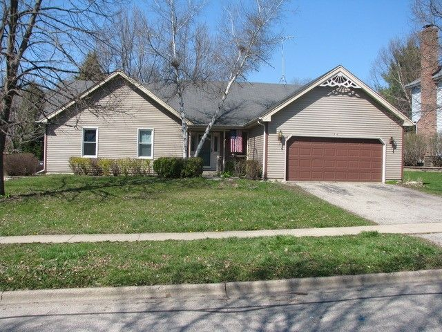 316 Sherwood Dr Cary, IL 60013