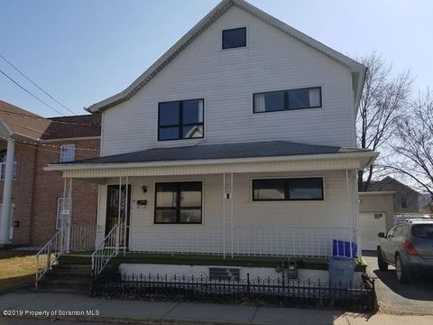 Photo of 52 Hospital St, Carbondale, PA 18407