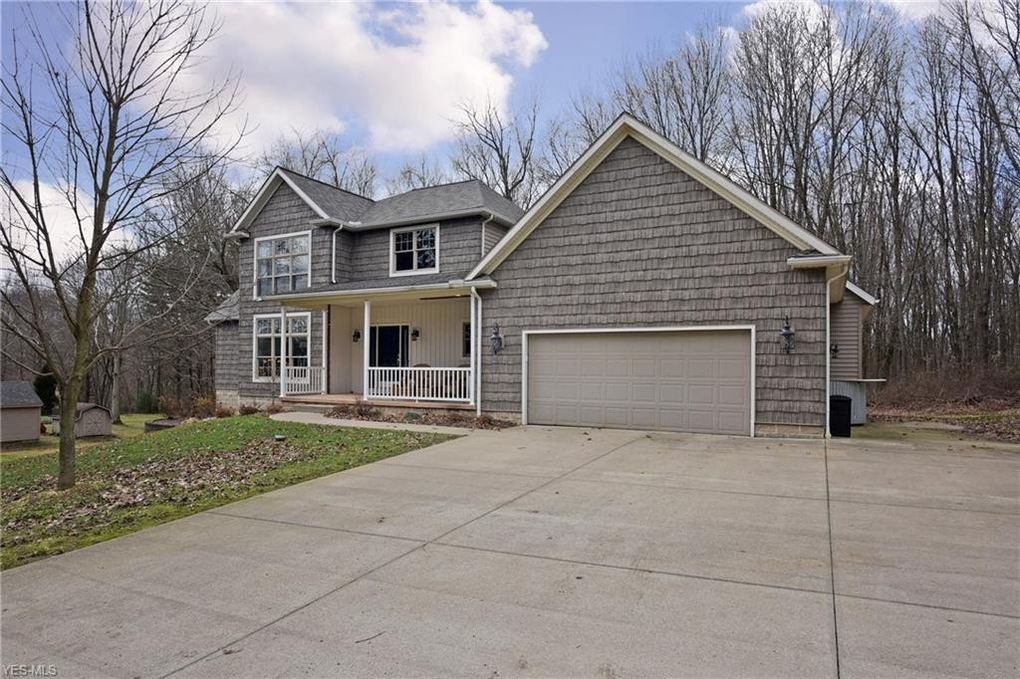 7 Cherry Dr Nw, North Canton, OH 44720