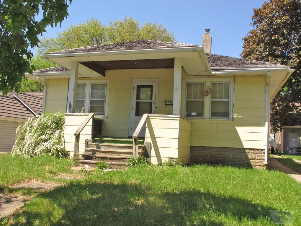 1112 victoria st harlan ia 51537 for Iowa home builders