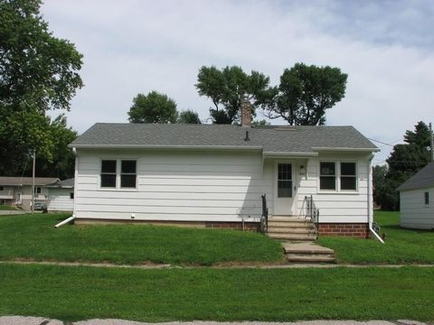 312 W Garfield St, Zearing, IA 50278