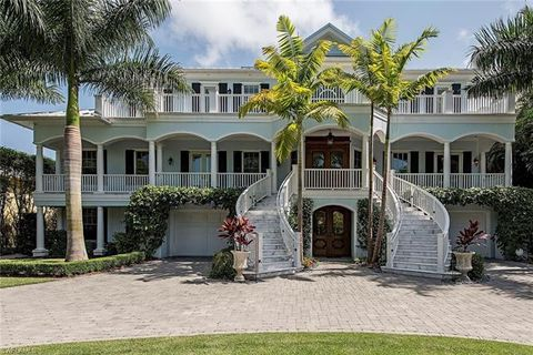Photo of 140 3rd Ave S, Naples, FL 34102