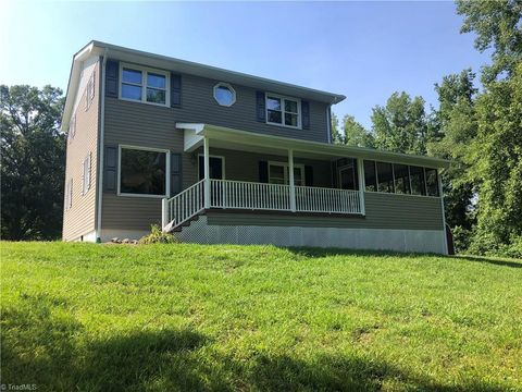 Photo of 1160 County Home Rd, Mocksville, NC 27028