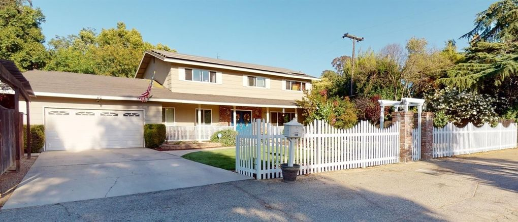 4460 N College Ave Fresno, CA 93704