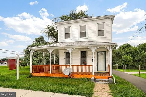 Photo of 605 68th St, Capitol Heights, MD 20743