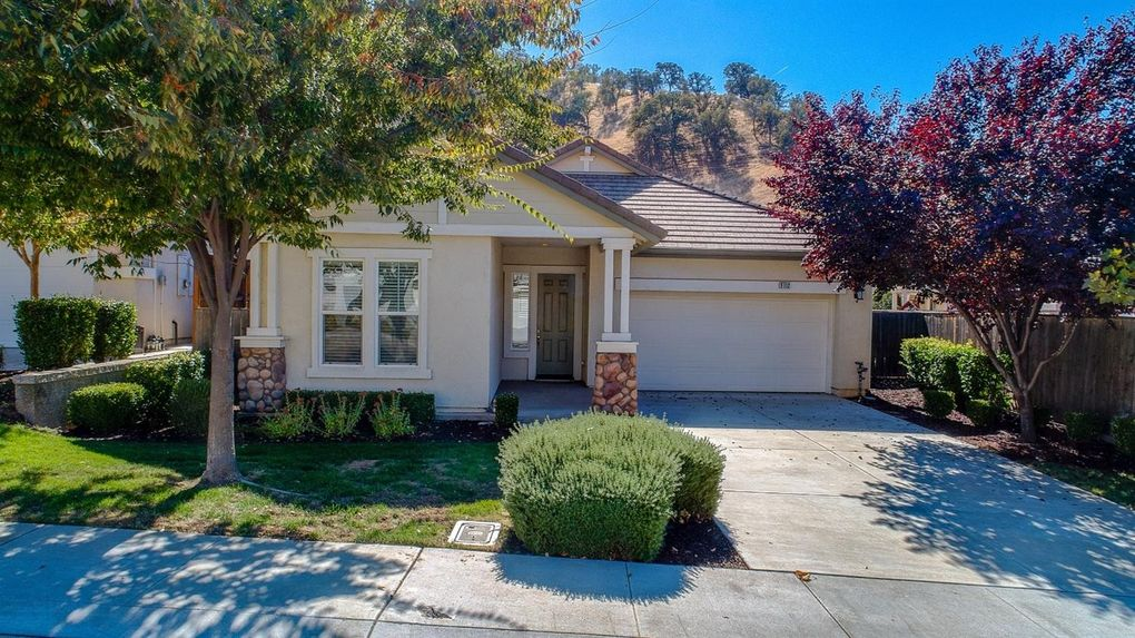 9112 Golf Canyon Dr, Patterson, CA 95363