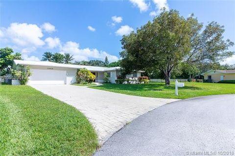 Photo of 12905 Sw 108th Ct, Miami, FL 33176