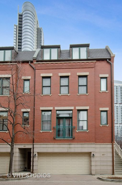 457 N Canal St, Chicago, IL 60654