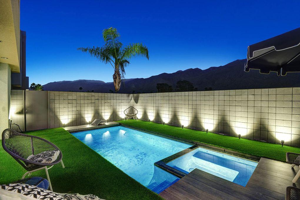 1474 E Baristo Rd Palm Springs, CA 92262