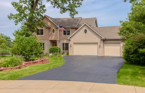 1249 Winged Foot Dr, Twin Lakes, WI 53181