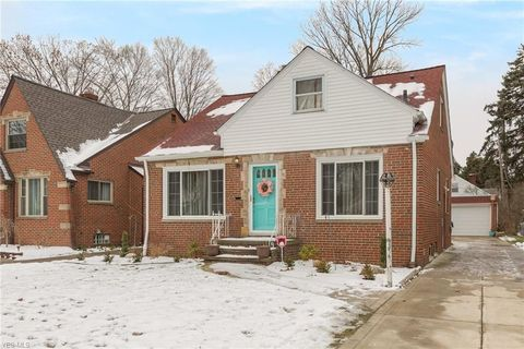 4058 W 215th St, Fairview Park, OH 44126