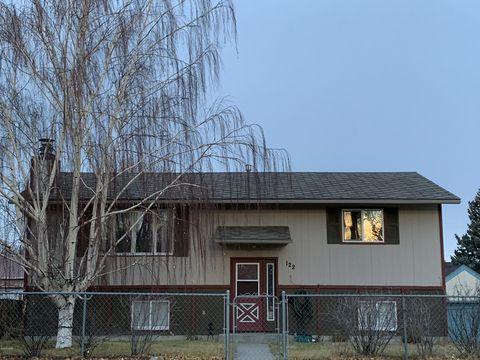122 5th Ave Se, Cut Bank, MT 59427