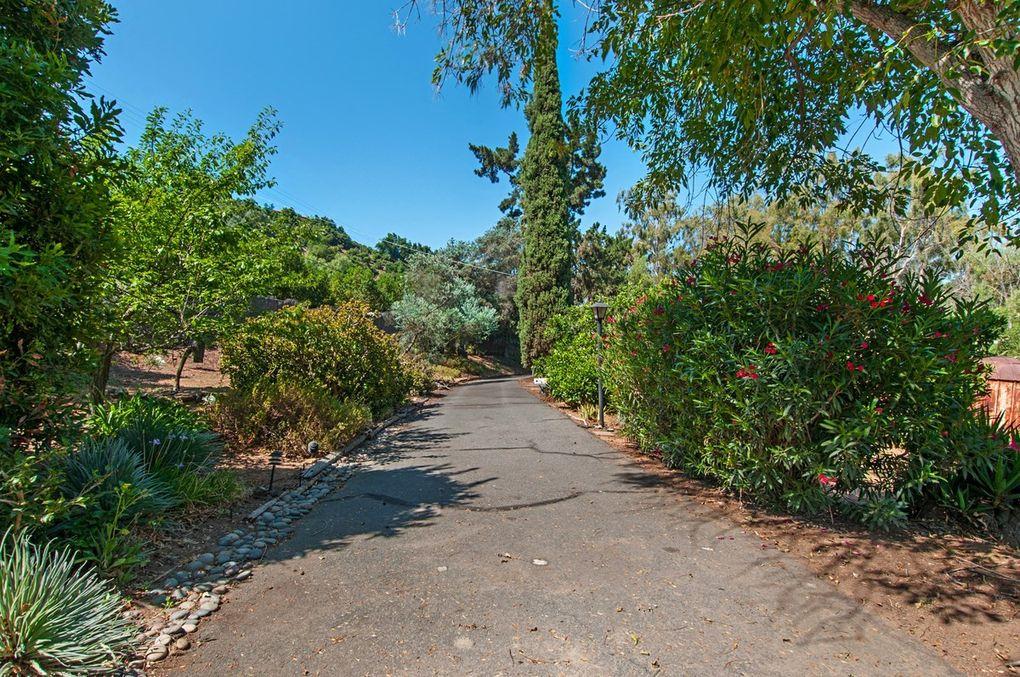 3950 Gopher Canyon Rd, Vista, CA 92084