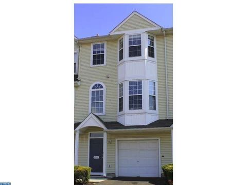 7502 Juniper Ln, Palmyra, NJ 08065