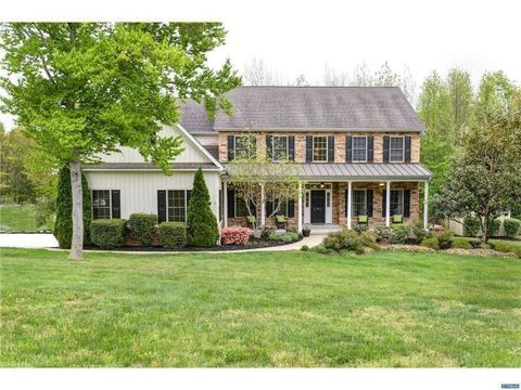 elkton md houses for sale with swimming pool
